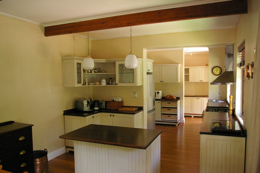 Kitchen 013